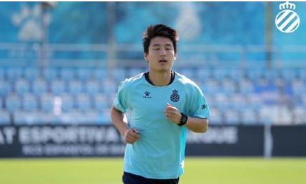 武磊:攻破巴萨球门在掌握之中,非常支持年轻球员留洋