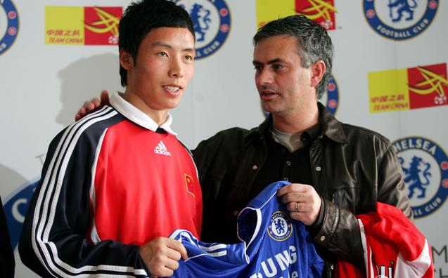 中国传奇陈涛退役了 穆里尼奥曾经亲自赠予他切尔西10号